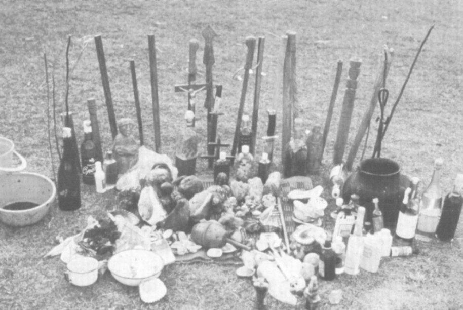 Una mesa nord-peruviana (da Polia Meconi, 1996, I: 353)