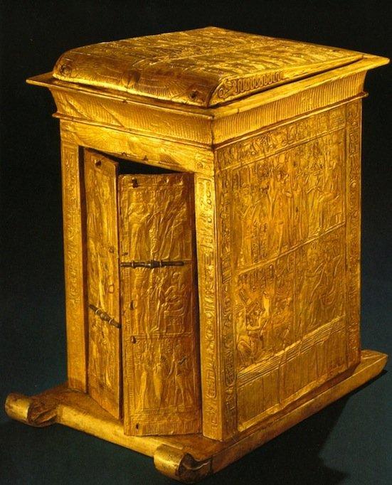 Edicola dorata in miniatura trovata nella tomba di Tutankhamen (da Edwards, 1976)